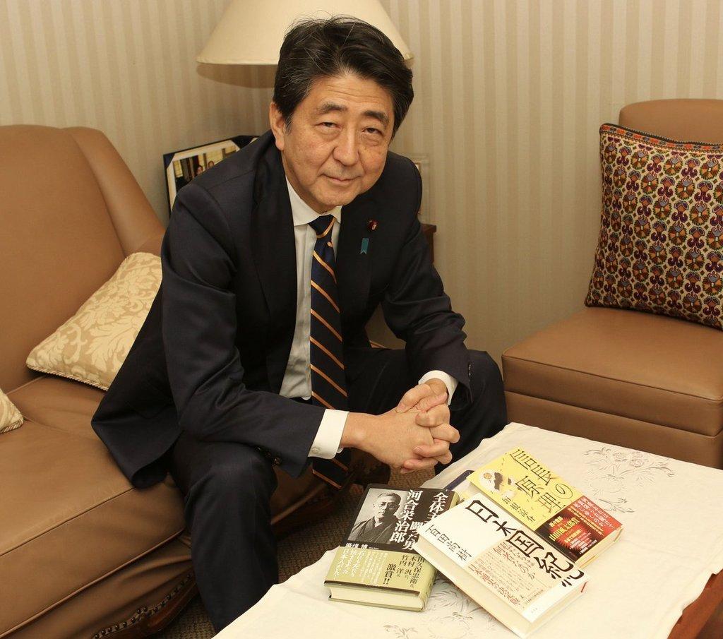 安倍総理H30年末.jpg